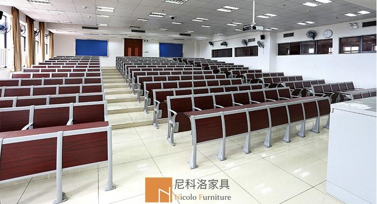 广州医科大学阶梯铝合金课桌椅案例